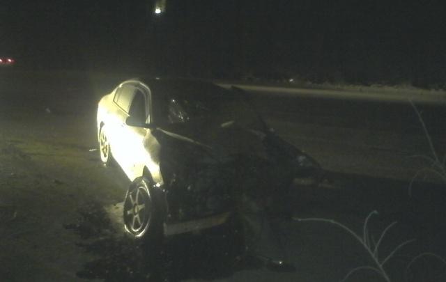 В Волгограде водитель на иномарке снес фонарный столб и чудом остался жив
