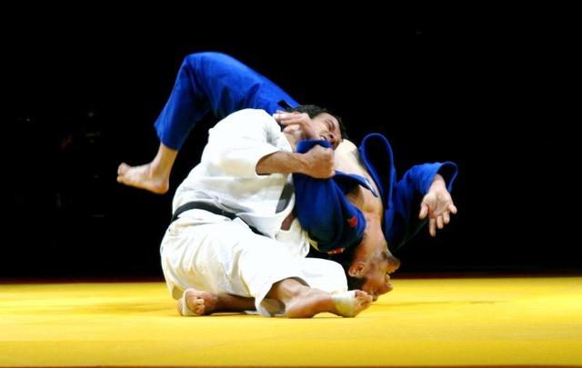 Двое тюменских дзюдоистов стали призерами чемпионата Европы
