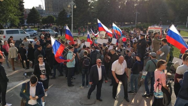 Пенсионера из Ростова оштрафовали на 150 тысяч рублей за участие в пикете сторонников Навального