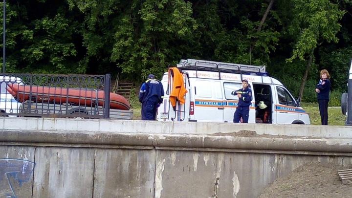 В Перми возле Коммунального моста обнаружено тело мужчины