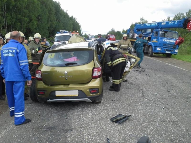 Водитель «Рено» умер в больнице