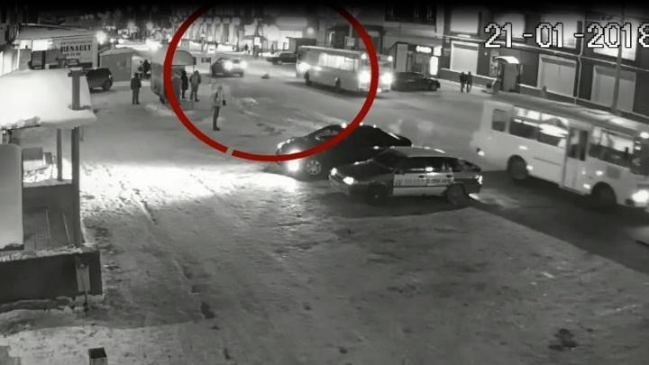 «Внуку в ногу вставили металлические штыри»: семья сбитого в Перми мальчика ищет свидетелей аварии
