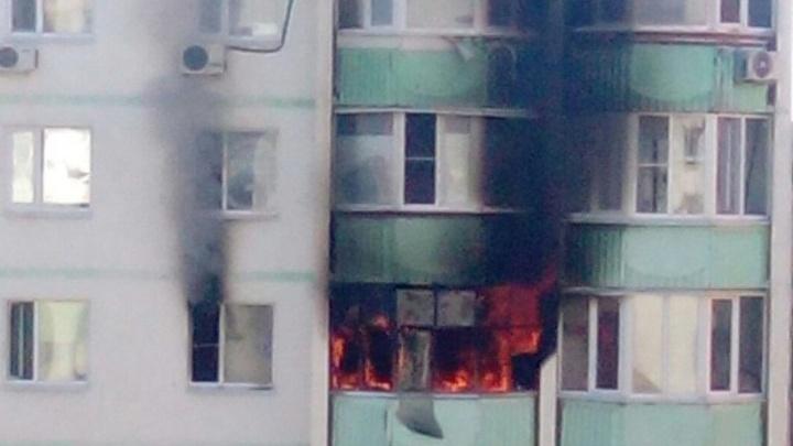 В Ростове во время пожара в Первомайском районе погиб человек