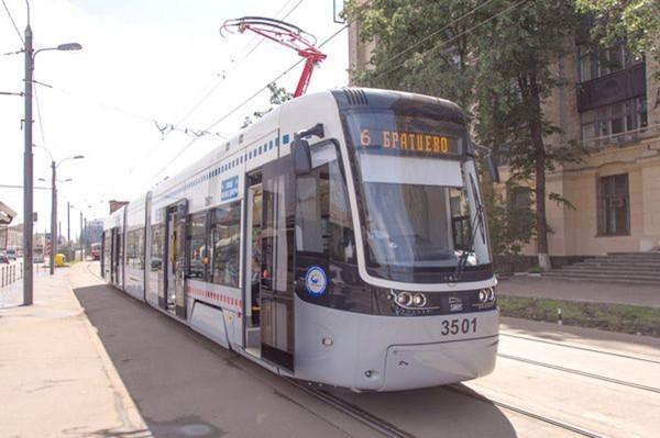 "трамвай PESA и ""Уралтрансмаша"""