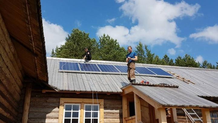 В деревне Кенозерского нацпарка начался переход на солнечную энергию