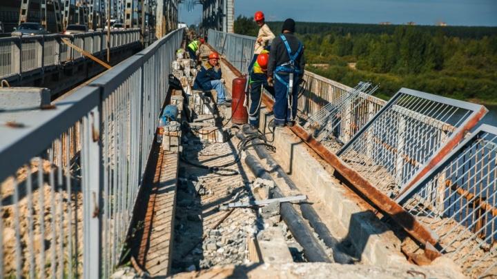 С понедельника нас ждёт ад на дорогах: эксперты прогнозируют большие пробки после перекрытия моста Мельникайте