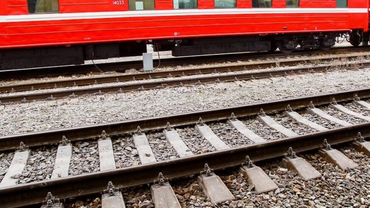В Новом Рогачике под Волгоградом поезд переехал мужчину