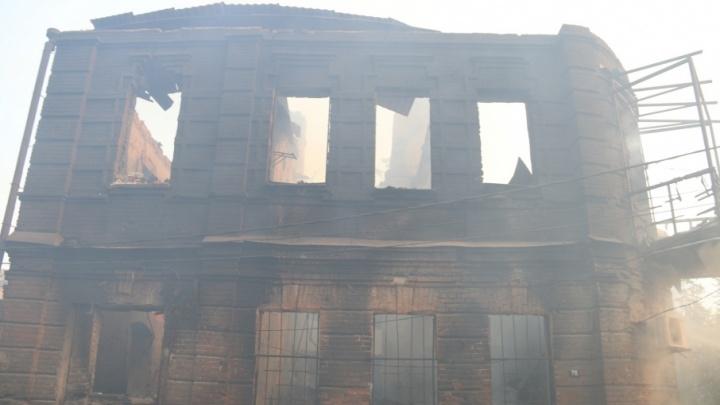 Причина крупнейшего пожара в Ростове – посторонний источник зажигания