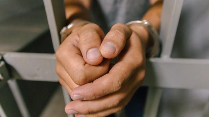 Вооружился ножом и ложкой: в Самаре мужчина угрожал взорвать Крутые Ключи