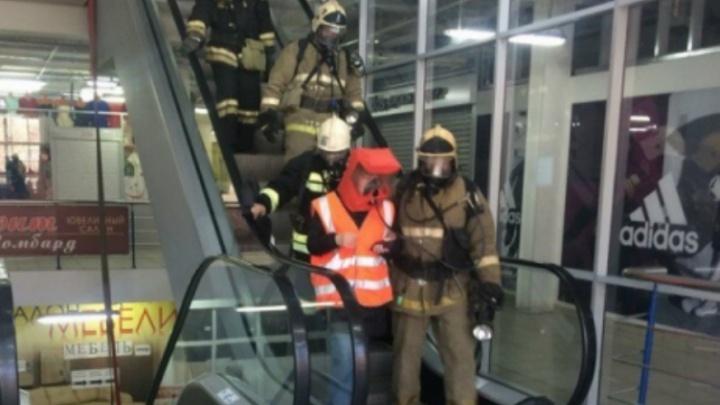 В Ярославле эвакуировали торговый центр «Космос»