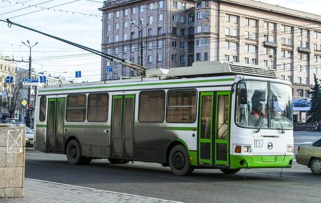На 21-м маршруте в Челябинске увеличили количество троллейбусов