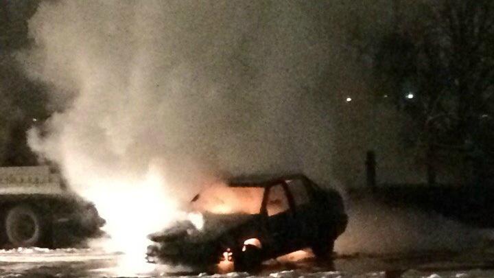 Один — на Войновке, второй — в пригороде: за сутки в Тюмени дотла сгорели два автомобиля