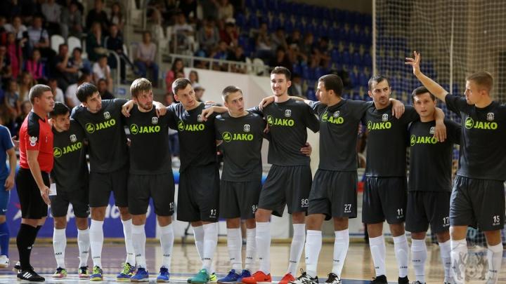 Опять проиграли: в финале домашнего турнира МФК «Тюмень» уступил обладателю Кубка УЕФА
