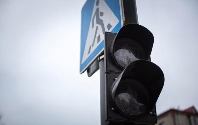 На двух тюменских перекрестках погаснут светофоры