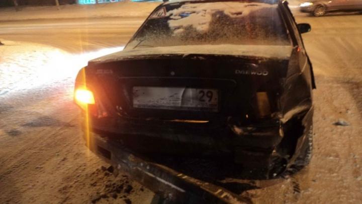 В Архангельске водитель «Лады-Гранта» не уступил дорогу иномарке