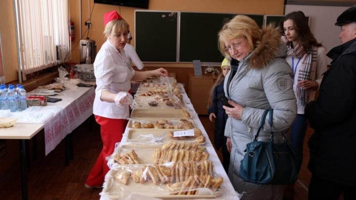 Любовь и 15 тысяч пирожков: президентские выборы в Ярославской области в режиме онлайн