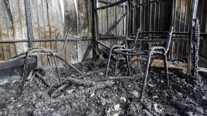 В Волгоградской области заживо сгорели двое мужчин