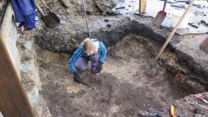 В центре Архангельска идут археологические раскопки
