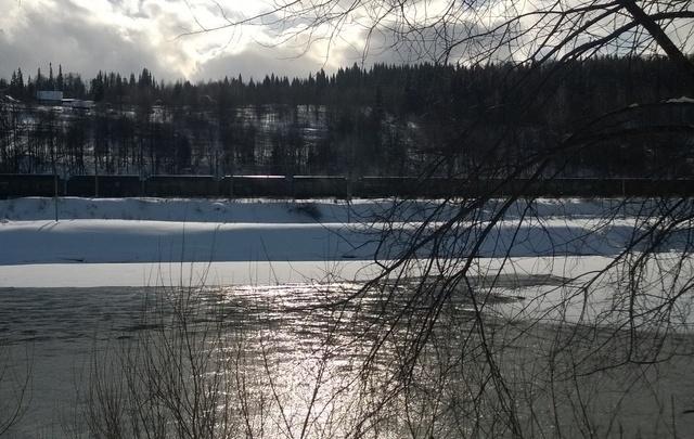 В Прикамье рыбаки спасли мужчину, провалившегося под лед
