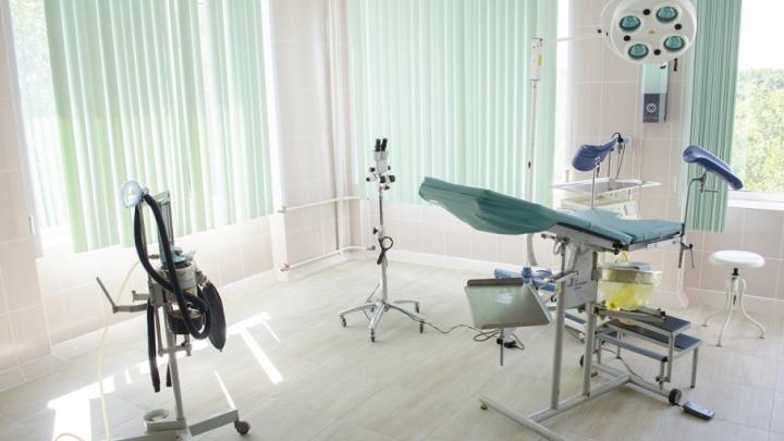 «Зелень, песочек, только моря не хватает»: в челябинской больнице обновили женское отделение