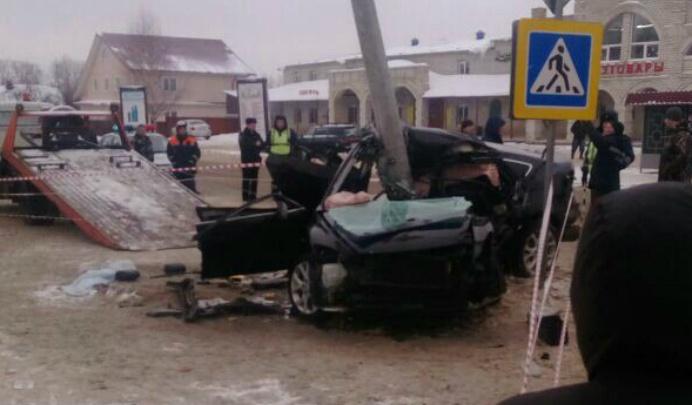 Полицейский с другом погибли в страшной аварии в Ярославской области