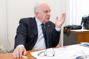 Наш эксперт – доктор медицинских наук Валерий Черешнев.