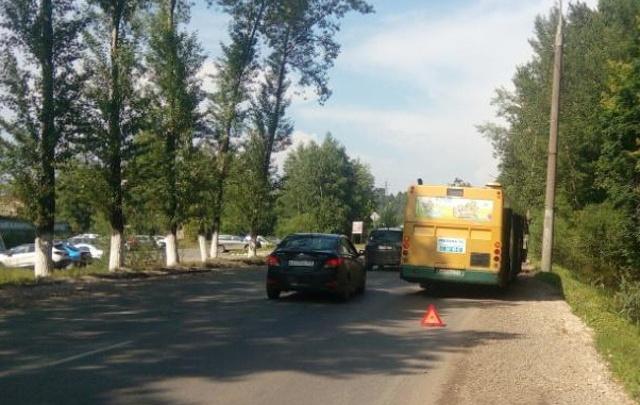 В Перми школьник выпал из автобуса