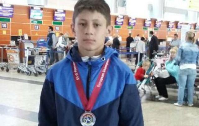 Школьник из Ростовской области покорил Европу и взял серебро