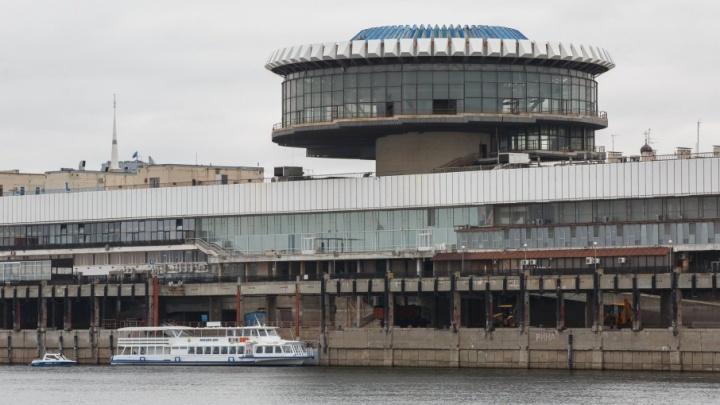 Над Волгоградом военные вертолеты провели разведку перед авиашоу