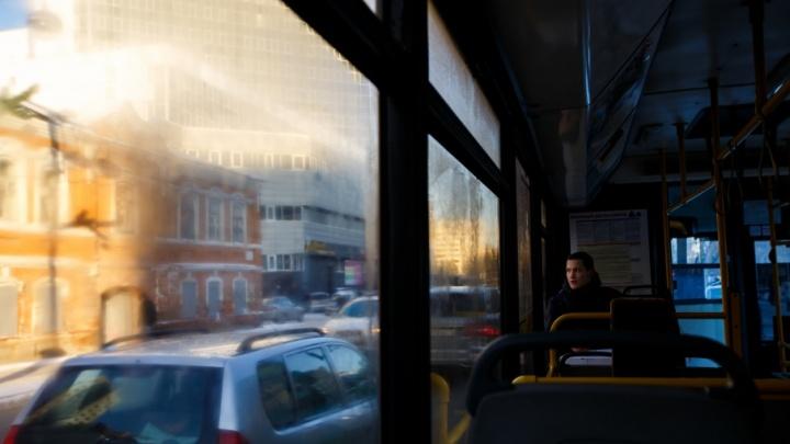 Из-за работ на улице Менделеева несколько городских маршрутов изменят схему движения