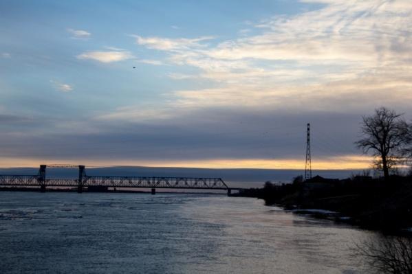 Проектные работы по основной части моста еще не начались