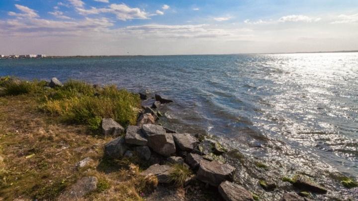 Челябинцев выгонят с необорудованных для купания карьеров и пляжей