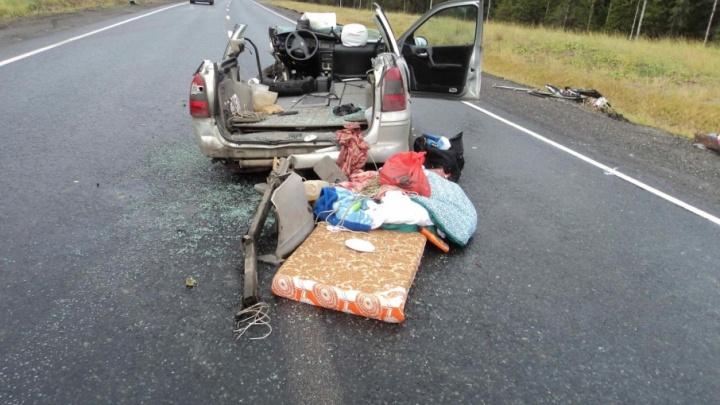 В Приморском районе при столкновении автопоезда и иномарки пострадали три человека