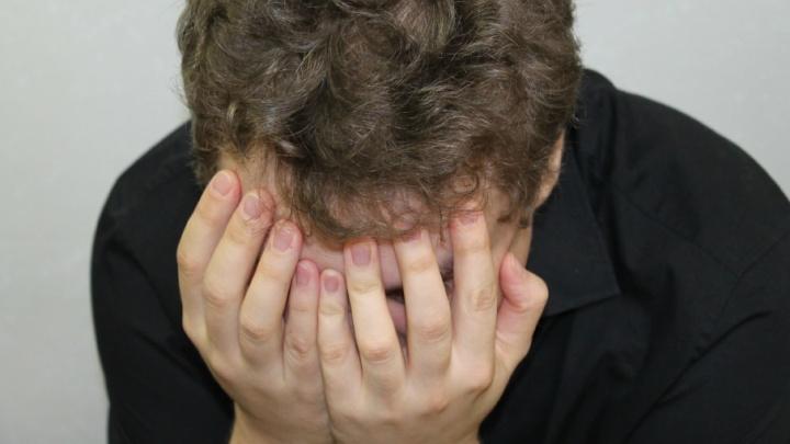 «Заклеймил» сына: в Жигулевске отец наказал ребенка за двойку раскаленной отверткой