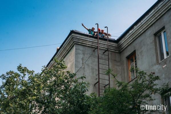 В некоторых тюменских домах за 50 лет и более с момента их постройки ни разу не проводился капитальный ремонт