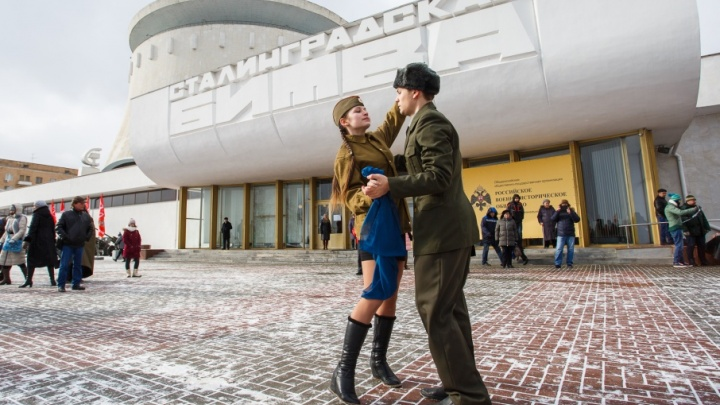 Парад, самолеты, звезды и салют: полная программа праздника 2 февраля на V1.ru