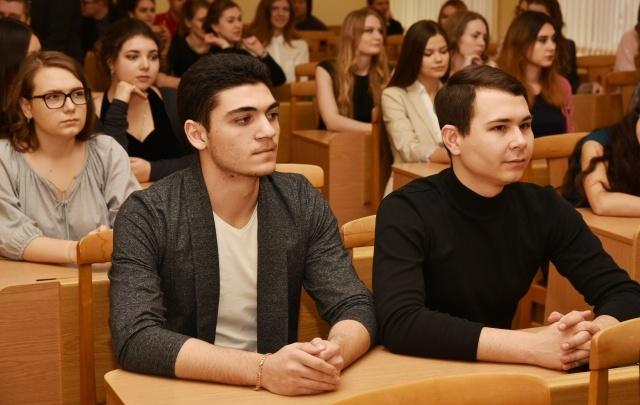 Ко Дню студенчества РГЭУ (РИНХ) получил «Библиотеку Сбербанка»