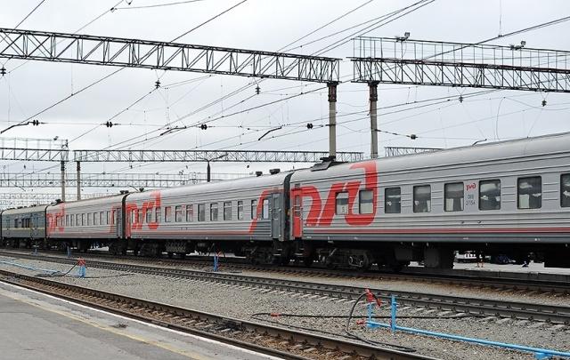 В майские праздники тюменские ветераны смогут бесплатно проехать на любом поезде