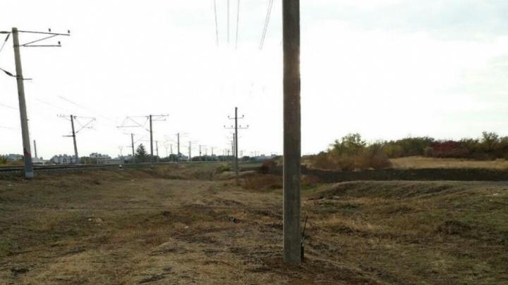 Склон Мамаева кургана в Волгограде избавили от мусора железной дороги