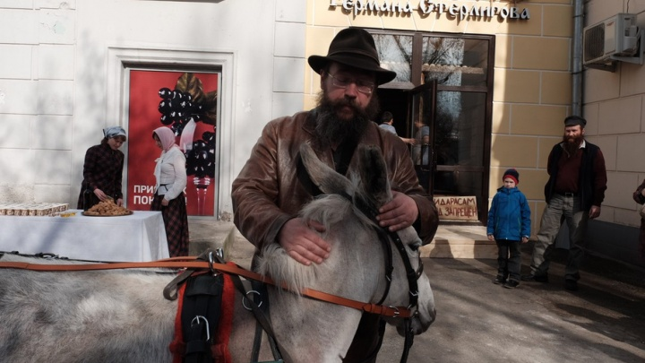 В Ростове откроется магазин «Хлеб и соль», в который запретят входить геям