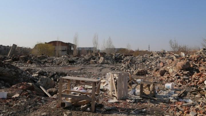 Волгоградцев зовут спасти от небоскребов разрушенный завод