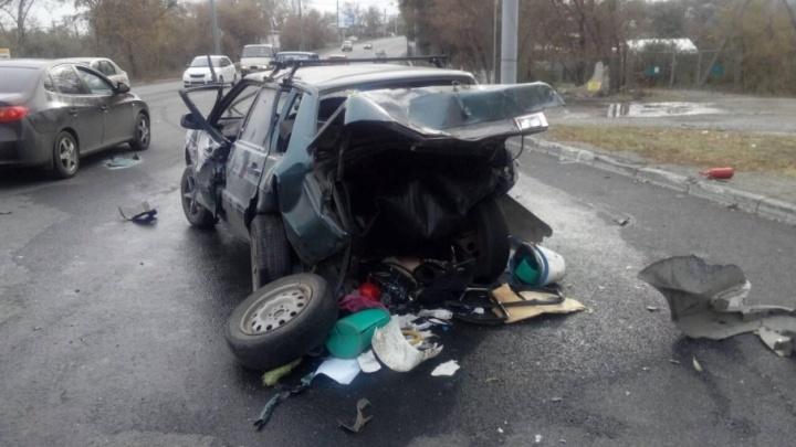 Жесткое ДТП в Челябинске: один погиб, двое в больнице