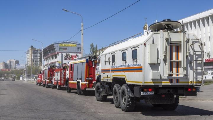На «Волгоград Арене» собирается колонна пожарных машин