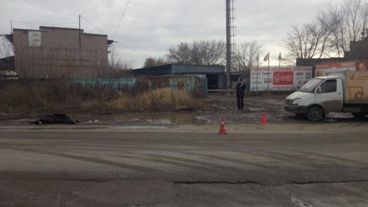 На улице Товарной водитель «Газели» сбил насмерть мужчину и сбежал с места ДТП
