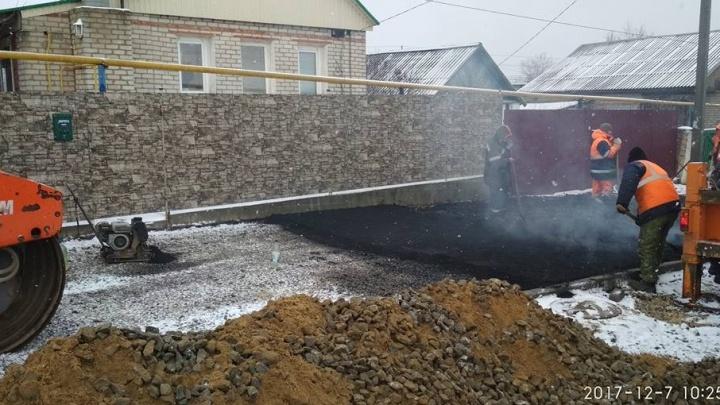 На шоссе Авиаторов в Волгограде новый асфальт собираются класть на снег
