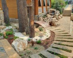 Многогранный камень: внутри и снаружи дома