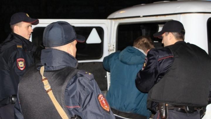 В Архангельске сотрудники Росгвардии задержали водителя с пакетом наркотиков
