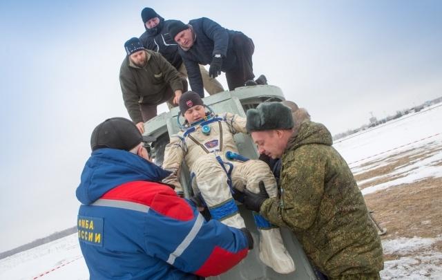 Прямиком из космоса: южноуральские спасатели провели учения по поиску астронавтов