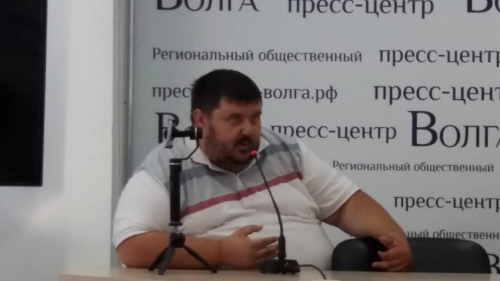 Волгоградский правозащитник получил сотрясение мозга от подзатыльника коллеги