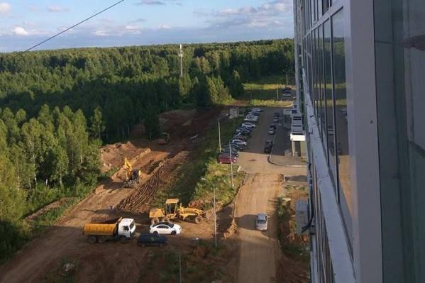 Полпред президента поручил построить дорогу до 1 октября